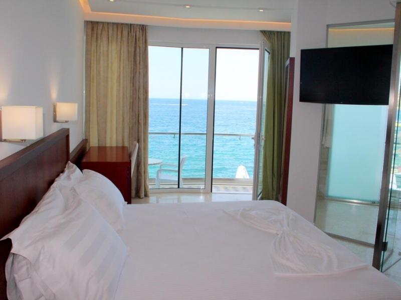 Hotel Delfini More
