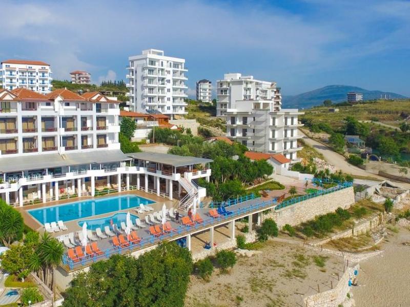 Hotel Selvia Bazen
