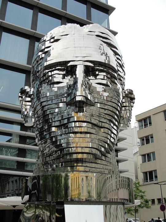 Putovanje Zlatni Prag - Statua Kafke