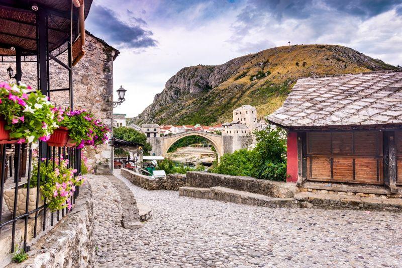 Mostar Busom