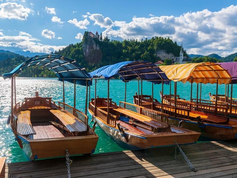 Putovanje Leto Bled Jezero Čamci